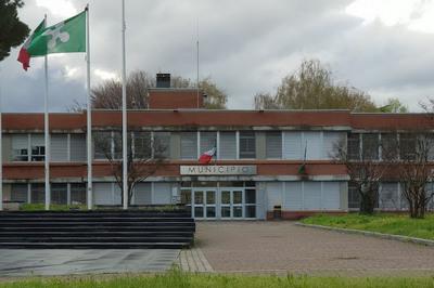 esterno municipio Giussano