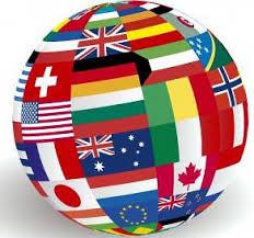 immagine stilizzata del mondo con tutte le bandiere dei vari stati