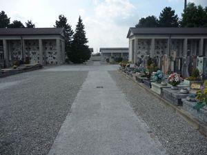 i nuovi viali del cimitero