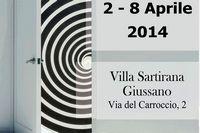 """particolare della locandina: una porta aperta e scritta """"2 - 8 Aprile 2014. Villa Sartirana Giussano, Via del Carroccio 2"""""""