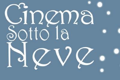 """stralcio locandina con la scritta """"Cinema sotto la neve"""""""